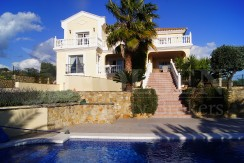 5 Bedrooms Villa with Panoramic views to the sea in Casares Costa